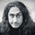 Ross Noble is heading back out on tour and has announced one gig at the Theatre Royal in Glasgow this November.